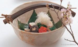 渦潮真菰筍 飯蛸桜煮