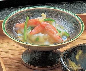 ずわい蟹・白根芋・繊オクラ生姜風味吉野酢掛け