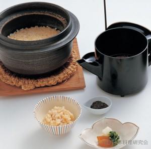 湯桶仕立玄米釜炊き
