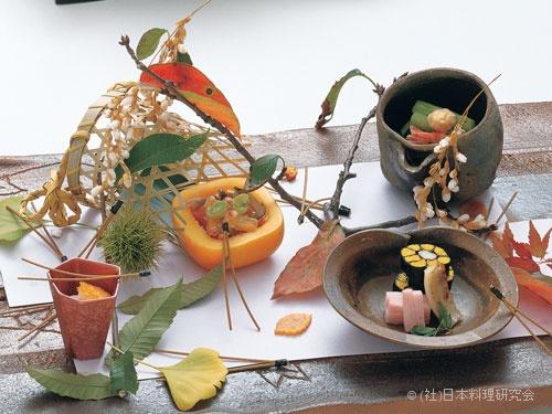 蟹菊花〆、柿白和え、蓮芋酒盗餡掛け