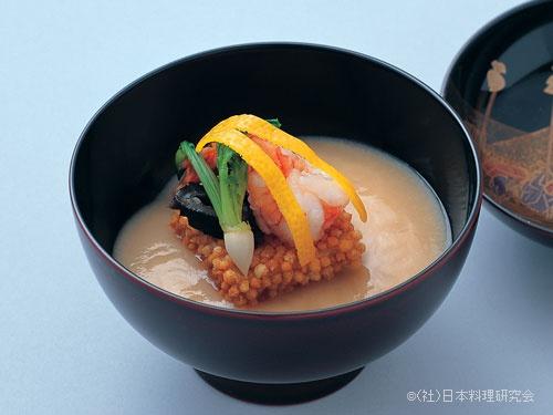 合せ味噌仕立、あられ豆腐