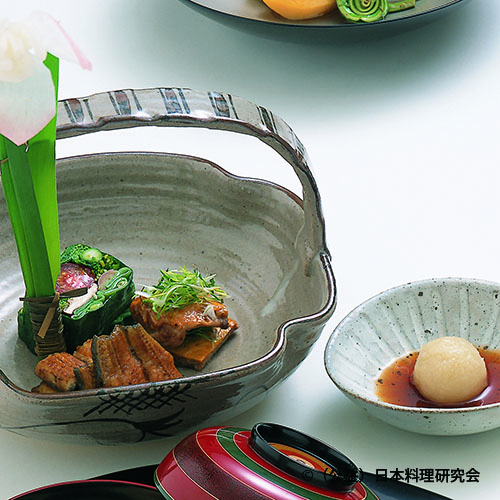 鰻一辺醤油、鶉黄身焼、おし野菜