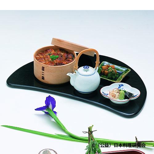 鰻飯、香の物