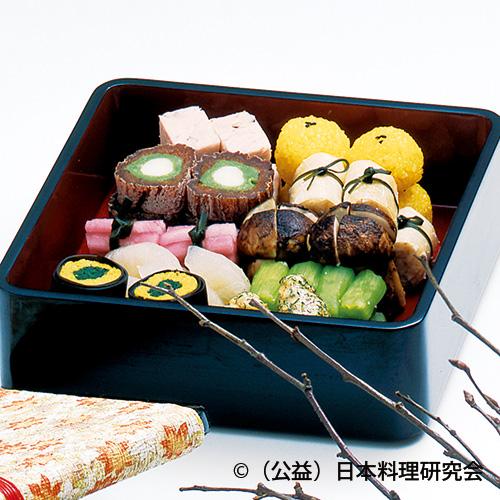 秋草豆腐、道明寺山吹饅頭、卯の花吹寄せ寿司等