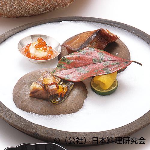 寒鰤大原木焼、寒鰤西京焼、鼈親子焼、冬野菜霰卸し