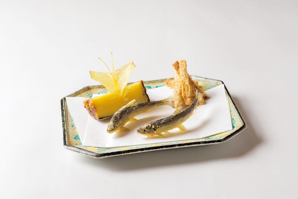 天婦羅(稚鮎、紅はるか(蝶甘藷添え)、新生姜たまり揚)