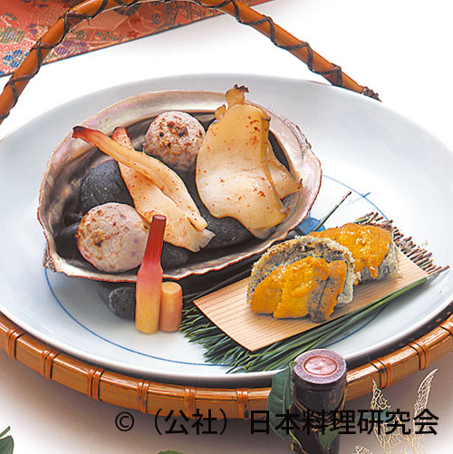 海藤花雲丹冠焼、二色貝酒盗焼