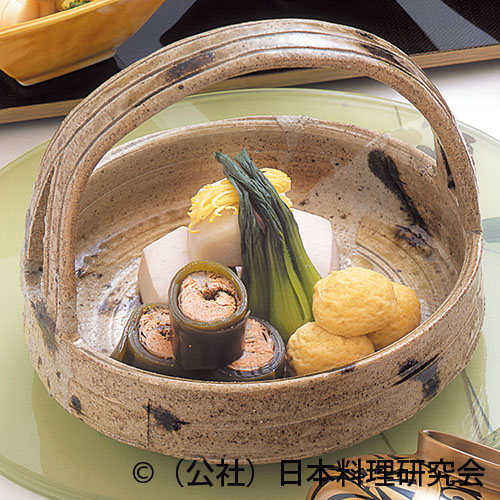 海老芋、子持鮎昆布巻、飛竜頭