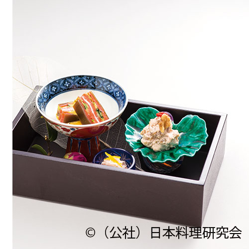 鮭燻製、胡桃・銀杏醍醐和え、鯛塩辛長芋素麺