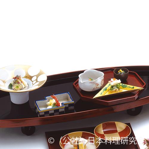 卯の花和え、長芋素麺、赤貝苺煮、春キャベツ白子クリーム掛け、蓬身浸し