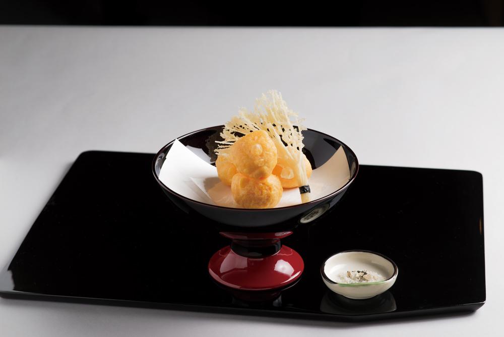 牛ローストビーフ(黄身揚、素麺、トリュフ塩)