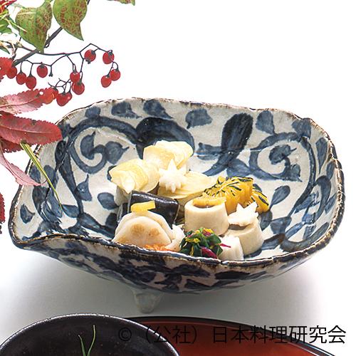 牡蠣・蕪・栗味噌煮、団栗豆腐、軽羹巻、菊花海老芋人参