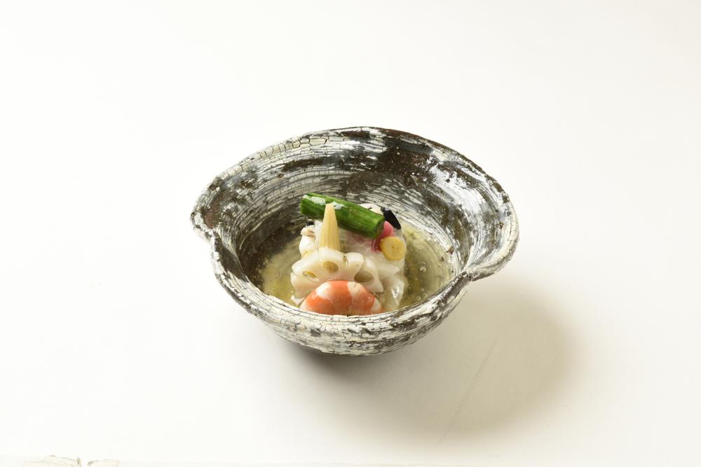 洋風蕪蒸し(甘鯛、雲丹、クリームチーズ、銀杏、オリーブ、占地、梅麩)