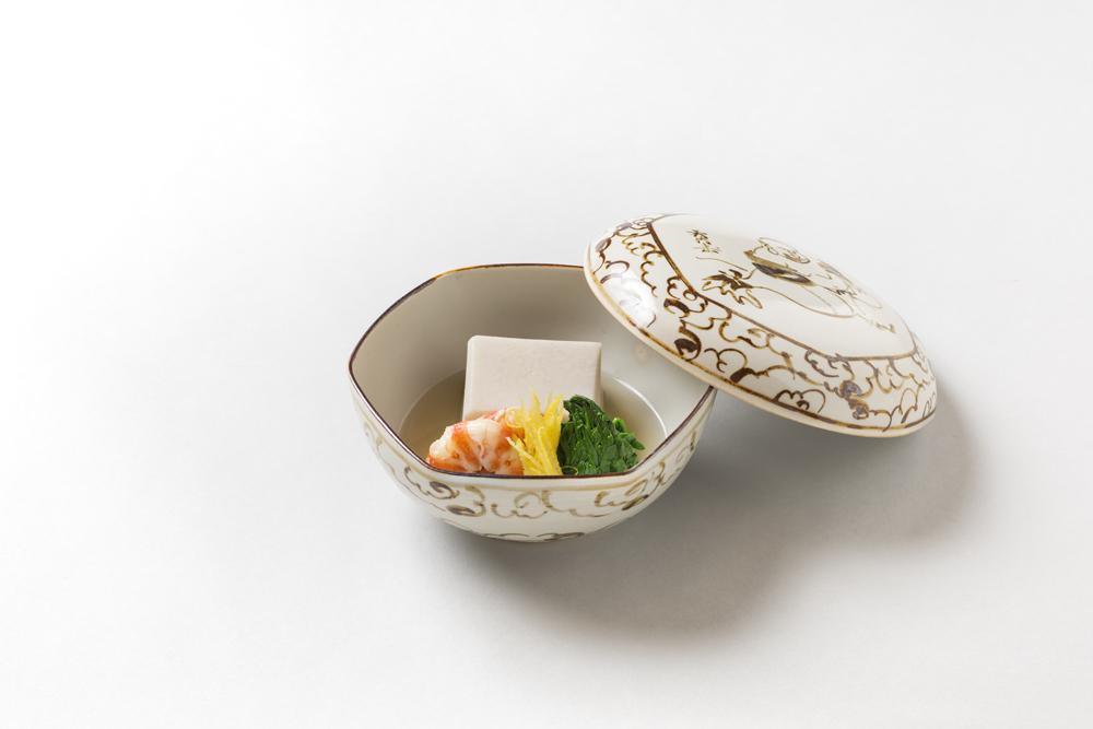 海老芋含ませ(巻海老旨煮、菊菜、柚子)