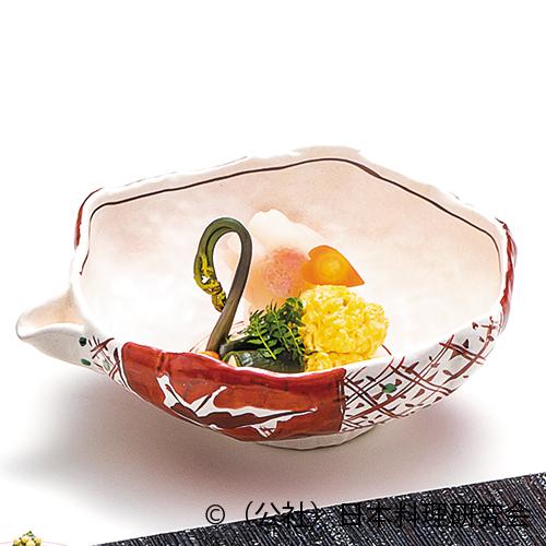 春大根桜煮、鯛の子黄身煮、若筍