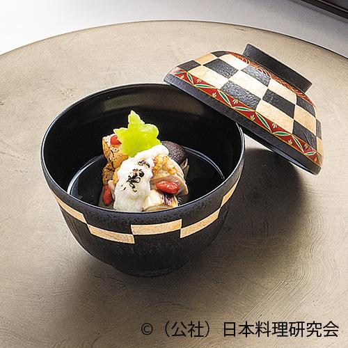 炙り地鶏・帆立スープ椀