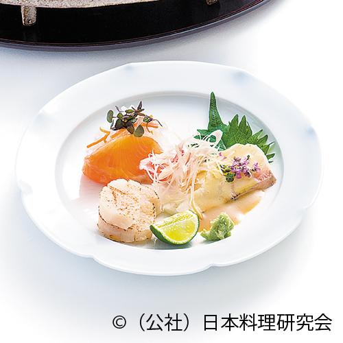 皐月鱒燻製・蕪膾、勘八昆布〆胡麻酢掛け、炙り帆立