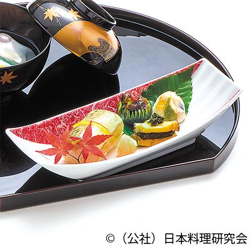 魳棒寿司、焼木の子・菊菜酢橘釜盛り、鮑香味焼