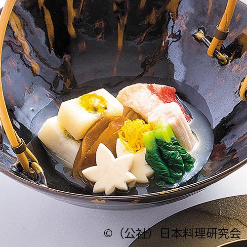 蕪菁丸鋳込み、鱶鰭姿煮、金目鯛吉野煮、白芋茎豆乳煮、海老芋含め煮、青梗菜