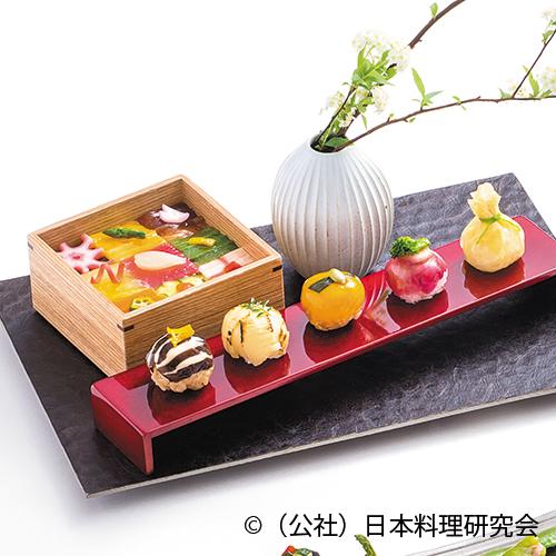 手毬寿司五種、雛ちらし寿司