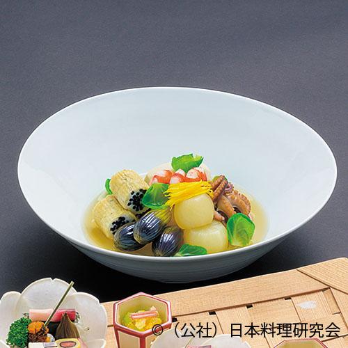 長鹿尾菜篠田煮、飯蛸桜煮、巻海老艶煮、海老芋、小茄子オランダ煮