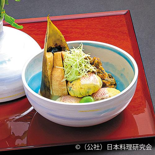 筍土佐煮、甘鯛茶巾煮、結び蕨