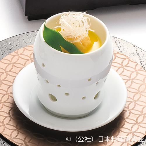 山梨玉蜀黍擂流し、蓮根饅頭、富士桜ポーク柔らか煮