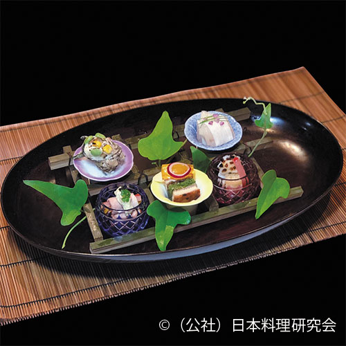 鱚長芋巻、鱧塩昆布オイル、鰻胡瓜博多、姫栄螺クリーム焼、鴨燻し