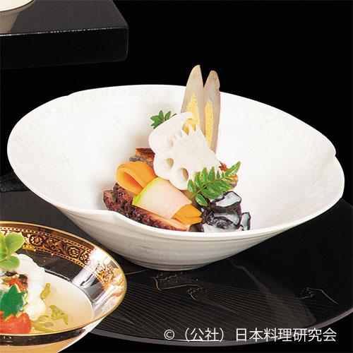 鰻豆腐、蛸柔煮、石垣子芋茶巾、管牛蒡鋳込み南瓜